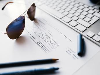 協助中小企業建置形象網站,舒適的RWD介面、完整功能